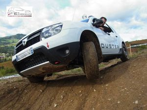 le duster 4x4 traces off road all road experience