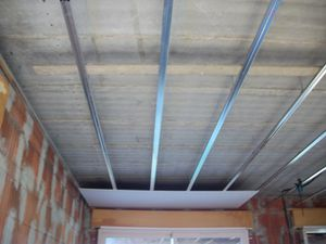 Pose de placo sur rail plafond for Pose de faux plafond en ba13