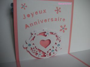 Kirigami-joyeux-anniversaire-coeur-2.JPG