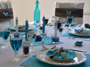 Table turquoise 016