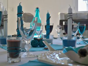 Table turquoise 020