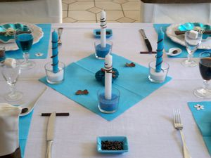Table turquoise 051