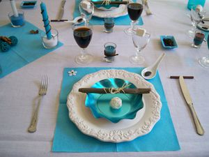 Table turquoise 058