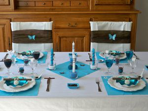 Table turquoise 076