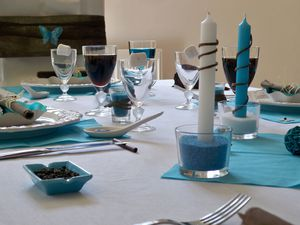 Table turquoise 096