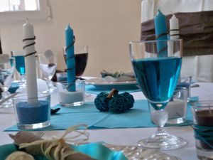 Table turquoise 097