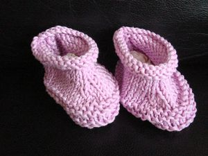 tricot-chaussons-mauve.jpg