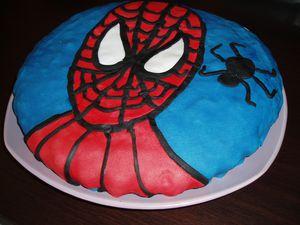 gateau spiderman (1)