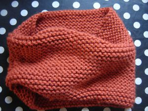 modele snood point mousse