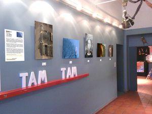 2013 0 212 Manykis Parvis Arts Marseille Mur Gauche