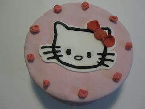 gateau-hello-kitty.JPG
