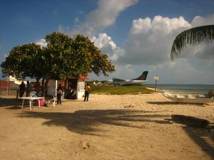 Airport-Roques.jpg