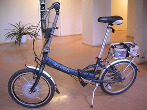 800px-Electric_bicycle_with_front_motor.jpg
