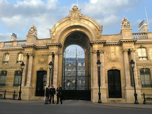 Elysee_Palace-_Paris_2005.jpg