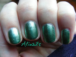 Catrice ARTS COLLECTION C02 Forevergreen 3