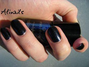 Essence Twilight bleu 2