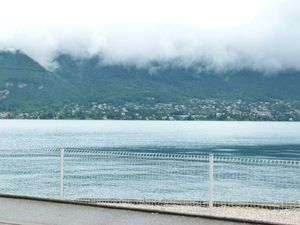 3 lac d'annecy