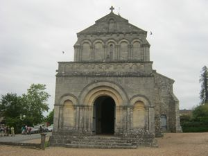 ST PHILIPPE D'AIGHILLE 005