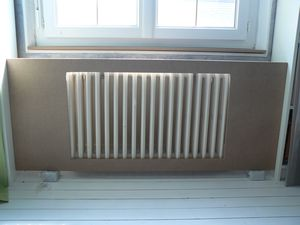 fixer radiateur fonte placo gallery of coffrage tuyaux et cbles with fixer radiateur fonte. Black Bedroom Furniture Sets. Home Design Ideas