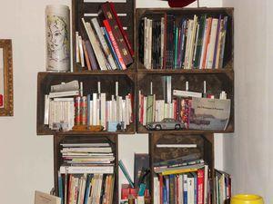 la magie des caisses tag res et biblioth ques. Black Bedroom Furniture Sets. Home Design Ideas