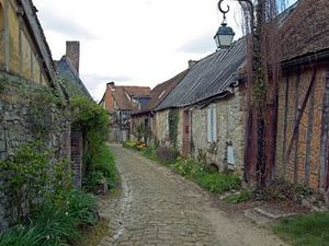 Rue-Gerberoy.jpg