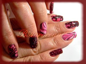 Nail-art--facon-Spotted-et-son-petit-water-marble-7.jpg