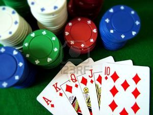 377873-playing-cards-poker-chips.jpg