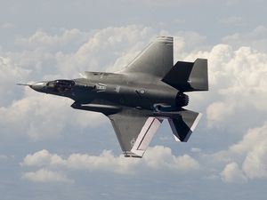 air f-35a aa-1 flight top lg-source DefenceWatch