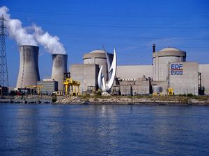 centrale_nucleaire_tricastin.jpg
