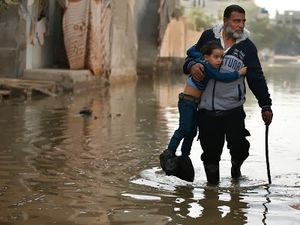 gaza_sweage_flood1.jpg
