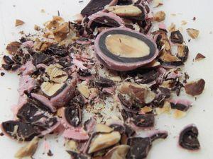 Triangle-douceur-au-chocolat-mauve-et-aux-bicuits--copie-4.JPG