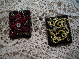 18A Broches perles paillettes canetille