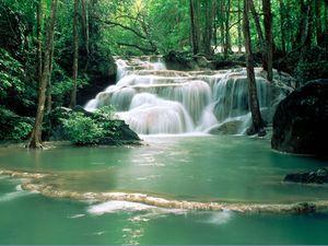 eau_paysage_paix.jpg