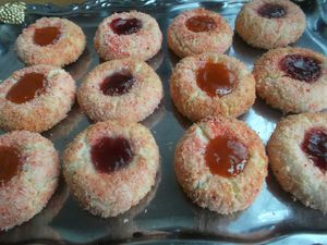 petits-fours-coco-rose