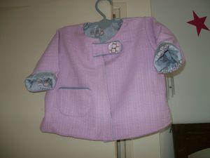 veste-rose-et-jupe-a-carreaux-001.JPG