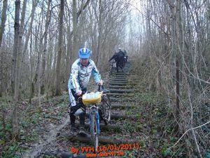 VTT16 moiDesc escaliers