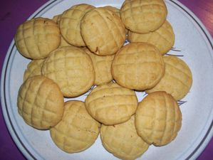 Biscuits-a-l-orange-et-au-chocolat--blanc--15-.JPG