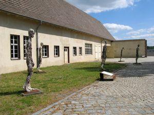 ravensbruck_tillion_operette_camp_concentration_inside.jpg
