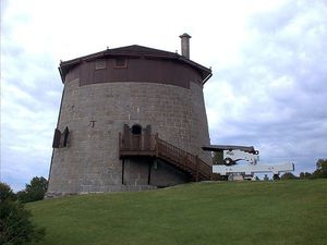 800px-Martello-tower-1