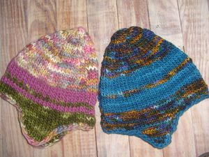 modele tricot bebe bonnet peruvien