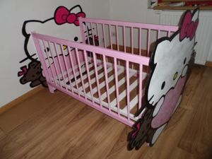 jolie lit de bb hello kitty - Hello Kitty Chambre Bebe