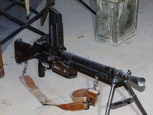 1959-035- Fusil - mitrailleur 24-29.