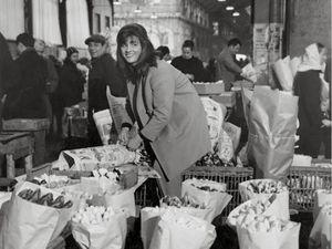 doisneau la marchande de fleurs 1968