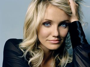 cameron diaz beautiful blue eyes-4876[1]