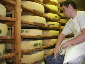 fromager sale fromages[1]