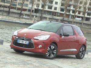 Citroen-DS3-Cabrio-1.6-VTi-120-So-Chic-2013.jpg