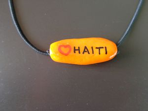 CLVHT.42B/Collier LOVE HAITI 5€