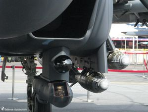 AN-AAQ33-Sniper-targeting-pod-and-TigerEyes-IRST-sensor---P.jpg