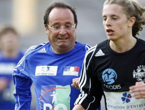 francois-hollande_foot.jpg