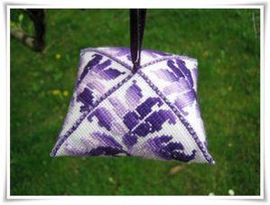 Gabriella-zigouigoui-violet.jpg